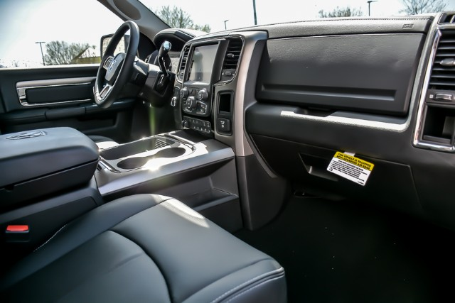 2018 Ram 2500 Crew Cab 4x4, Pickup #181029 - photo 18