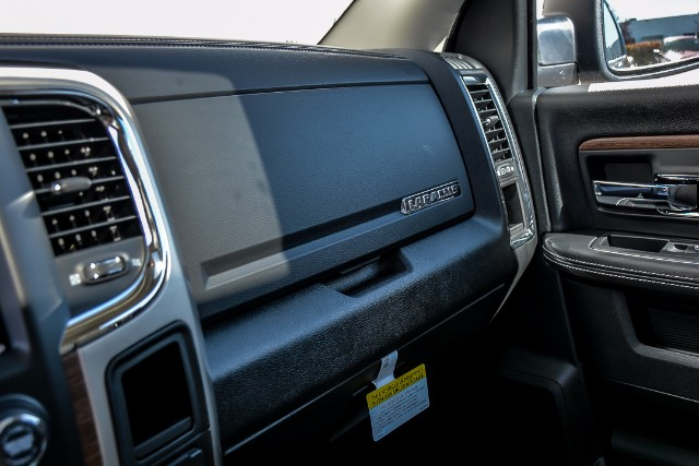 2018 Ram 1500 Crew Cab 4x4 Pickup #18110 - photo 16