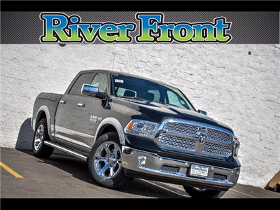 2018 Ram 1500 Crew Cab 4x4 Pickup #18110 - photo 1