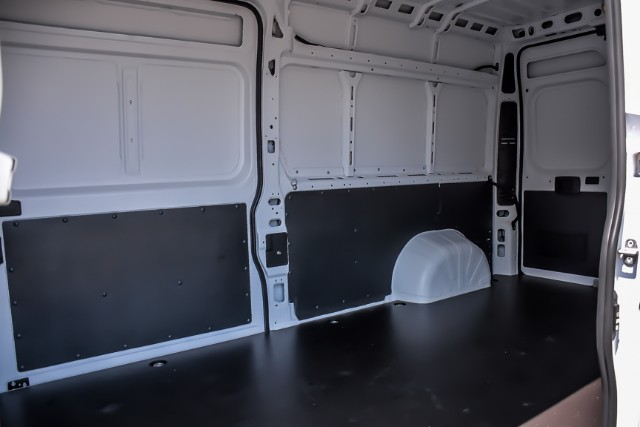 2018 ProMaster 3500 High Roof FWD,  Empty Cargo Van #181184 - photo 2