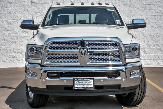 2018 Ram 3500 Crew Cab 4x4,  Pickup #181233 - photo 3