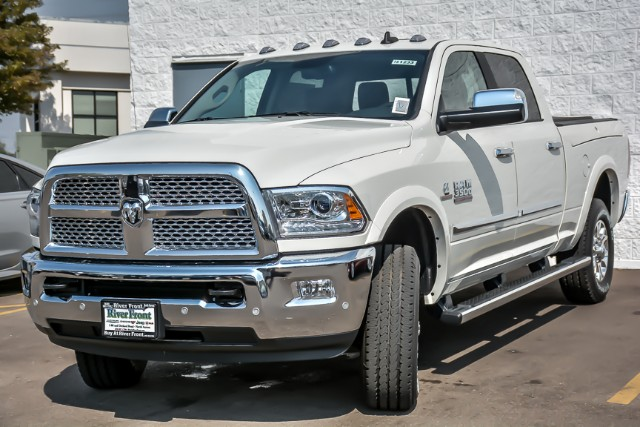 2018 Ram 3500 Crew Cab 4x4,  Pickup #181233 - photo 4