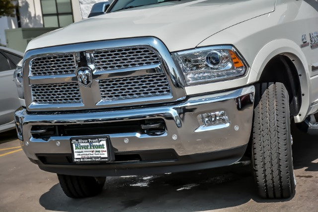 2018 Ram 3500 Crew Cab 4x4,  Pickup #181233 - photo 5