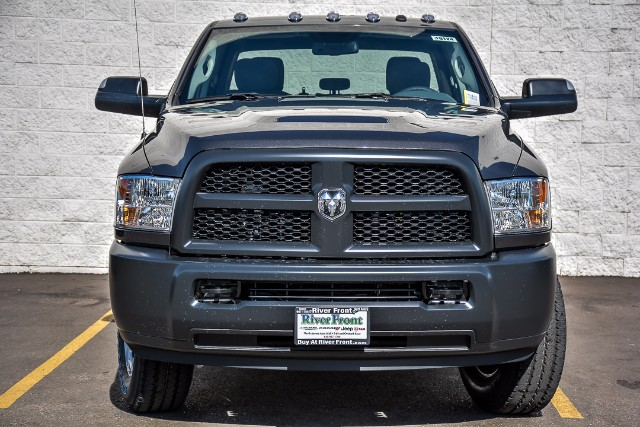 2018 Ram 3500 Crew Cab 4x4, Pickup #18124 - photo 3