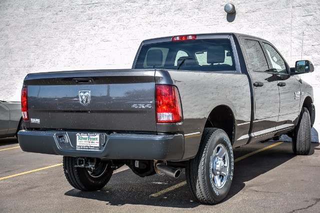 2018 Ram 3500 Crew Cab 4x4, Pickup #18124 - photo 2