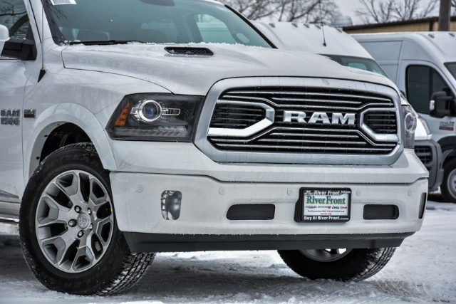 2018 Ram 1500 Crew Cab 4x4, Pickup #18456 - photo 4