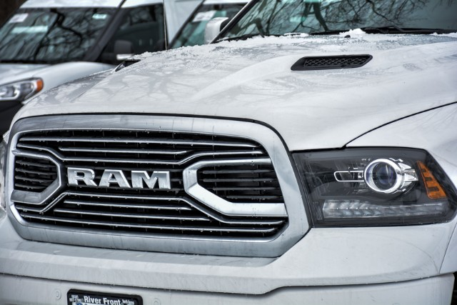 2018 Ram 1500 Crew Cab 4x4, Pickup #18456 - photo 11