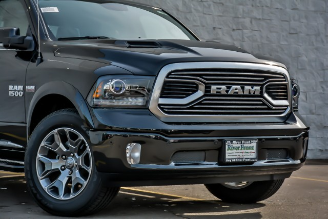 2018 Ram 1500 Crew Cab 4x4,  Pickup #18468 - photo 3