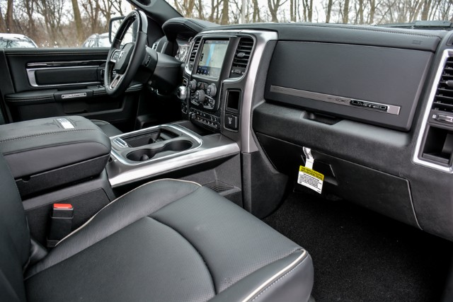 2018 Ram 1500 Crew Cab 4x4 Pickup #18470 - photo 21
