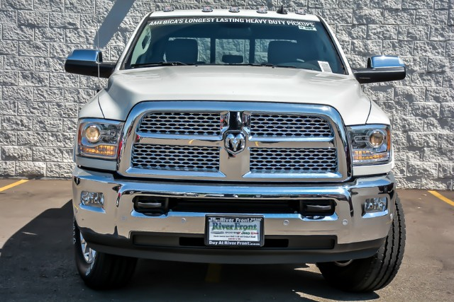 2018 Ram 3500 Crew Cab 4x4,  Pickup #18499 - photo 4