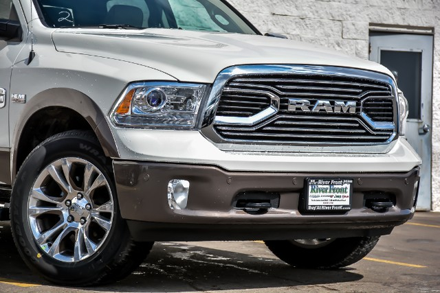 2018 Ram 1500 Crew Cab 4x4, Pickup #18598 - photo 5