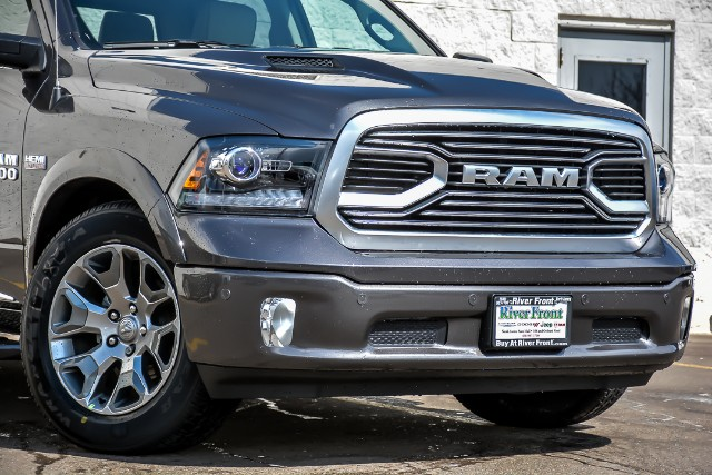 2018 Ram 1500 Crew Cab 4x4, Pickup #18619 - photo 5