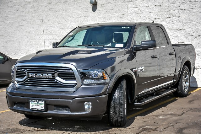 2018 Ram 1500 Crew Cab 4x4, Pickup #18619 - photo 2
