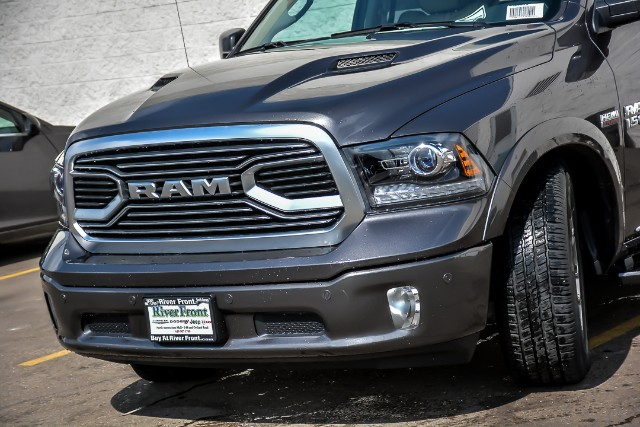 2018 Ram 1500 Crew Cab 4x4, Pickup #18619 - photo 8