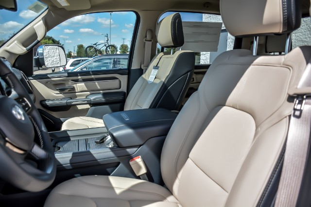 2019 Ram 1500 Crew Cab 4x4,  Pickup #19195 - photo 11