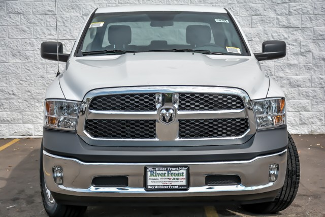 2019 Ram 1500 Crew Cab 4x4,  Pickup #19201 - photo 3