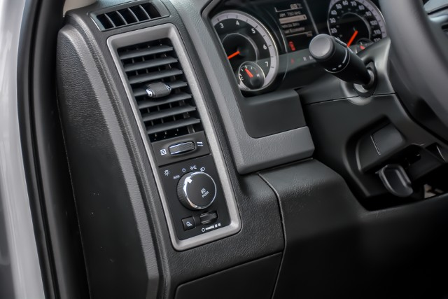 2019 Ram 1500 Crew Cab 4x4,  Pickup #19201 - photo 9