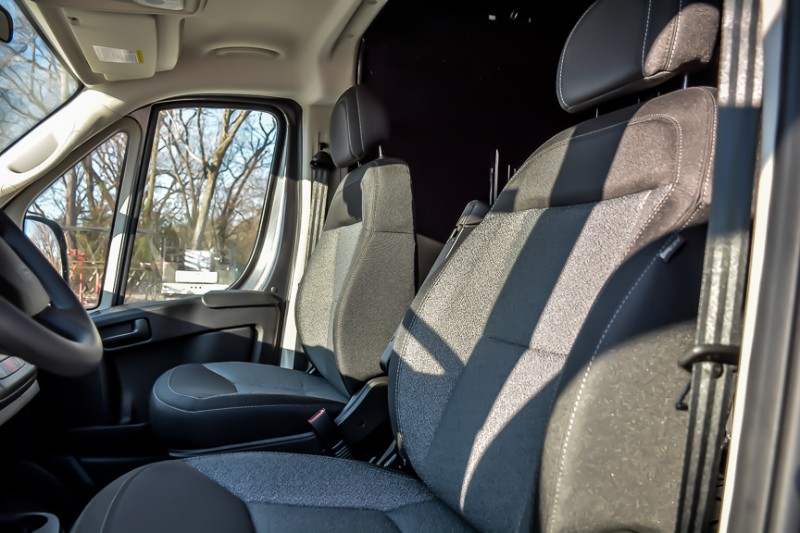 2019 ProMaster 2500 High Roof FWD,  Empty Cargo Van #19332 - photo 9
