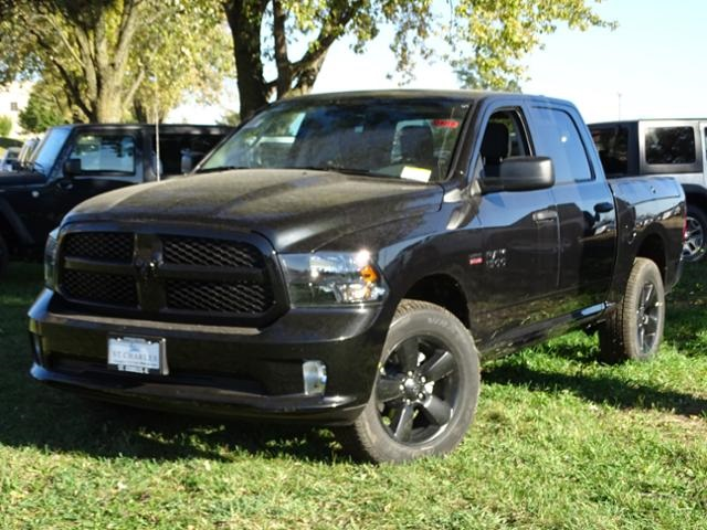 2017 Ram 1500 Crew Cab 4x4 Pickup #D4018 - photo 3