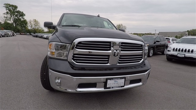 2018 Ram 1500 Crew Cab 4x4 Pickup #D4439 - photo 4