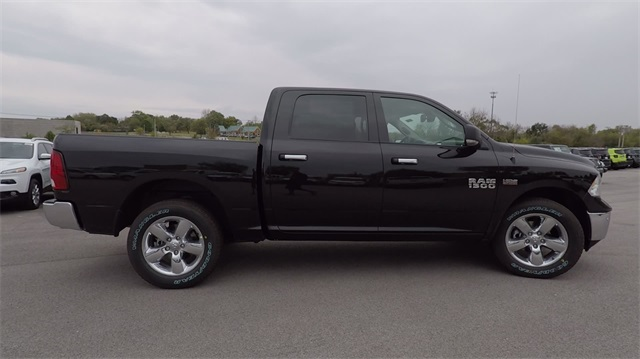2018 Ram 1500 Crew Cab 4x4 Pickup #D4439 - photo 10
