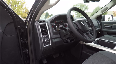 2018 Ram 1500 Crew Cab 4x4 Pickup #D4439 - photo 32