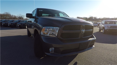 2018 Ram 1500 Quad Cab 4x4, Pickup #D4504 - photo 3