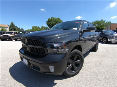 2018 Ram 1500 Crew Cab 4x4,  Pickup #D4639 - photo 1