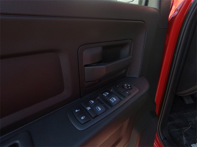 2019 Ram 1500 Crew Cab 4x4,  Pickup #D4832 - photo 17