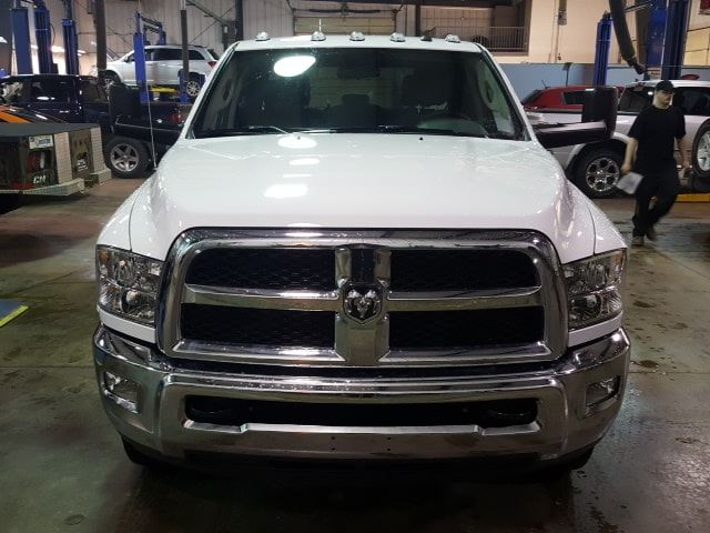2018 Ram 3500 Crew Cab DRW 4x4, Service Body #8R029 - photo 3