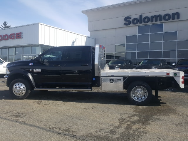 2018 Ram 5500 Crew Cab DRW 4x4, Platform Body #8R044 - photo 6