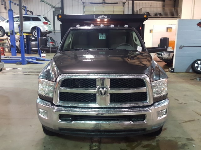 2018 Ram 3500 Regular Cab DRW 4x4, Dump Body #8R192 - photo 3
