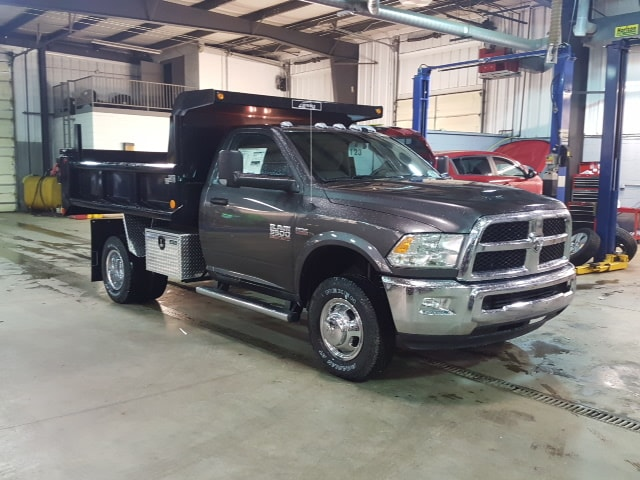 2018 Ram 3500 Regular Cab DRW 4x4, Dump Body #8R192 - photo 4