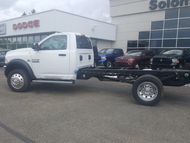 2018 Ram 5500 Regular Cab DRW 4x4, Cab Chassis #8R249 - photo 2