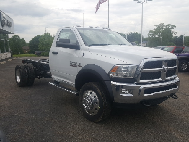 2018 Ram 5500 Regular Cab DRW 4x4, Cab Chassis #8R249 - photo 4