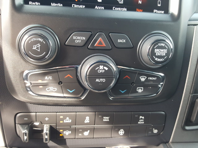 2018 Ram 1500 Crew Cab 4x4, Pickup #8R835 - photo 20