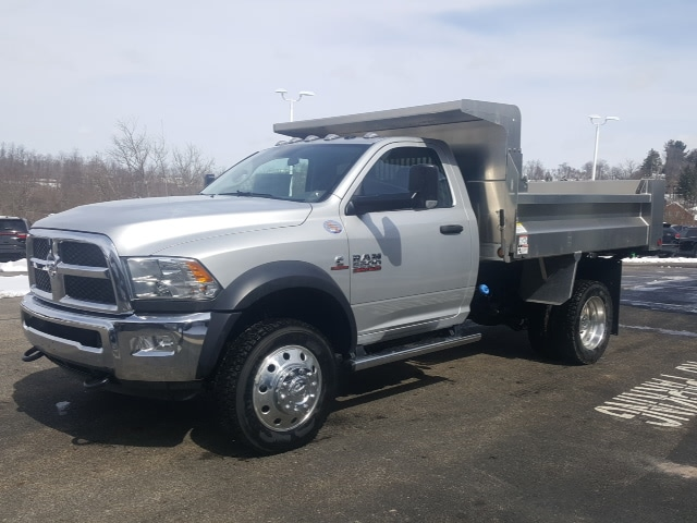 2018 Ram 5500 Regular Cab DRW 4x4, Dump Body #8R837 - photo 3