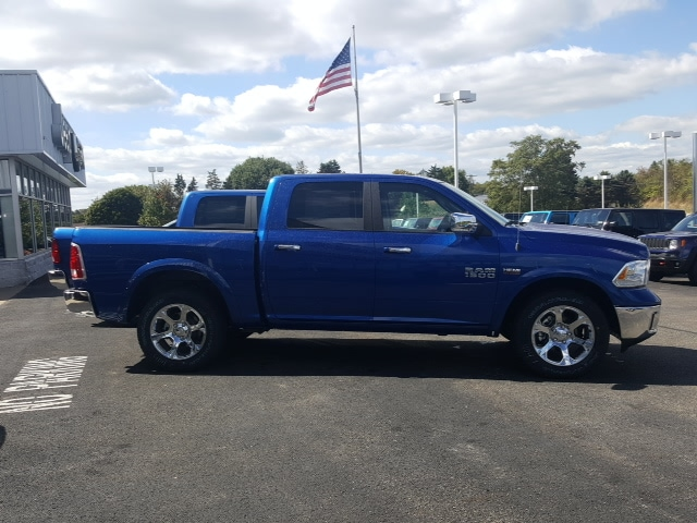 2018 Ram 1500 Crew Cab 4x4 Pickup #8R850 - photo 5