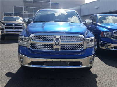 2018 Ram 1500 Crew Cab 4x4 Pickup #8R850 - photo 3
