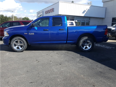 2018 Ram 1500 Quad Cab 4x4, Pickup #8R880 - photo 10