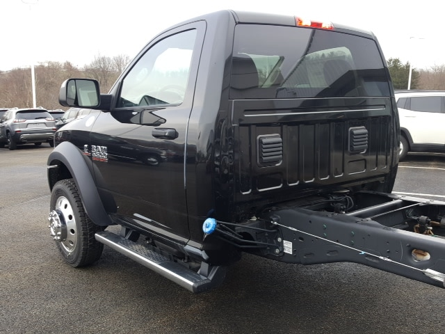 2018 Ram 5500 Regular Cab DRW 4x4, Cab Chassis #8R884 - photo 11
