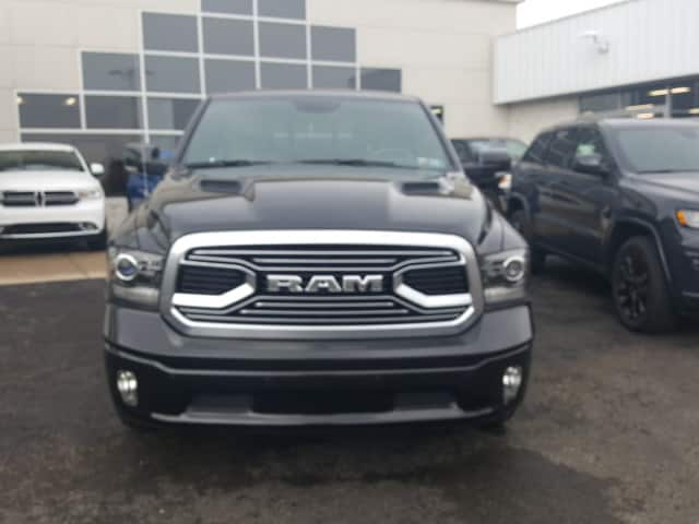 2018 Ram 1500 Crew Cab 4x4, Pickup #8R892 - photo 3