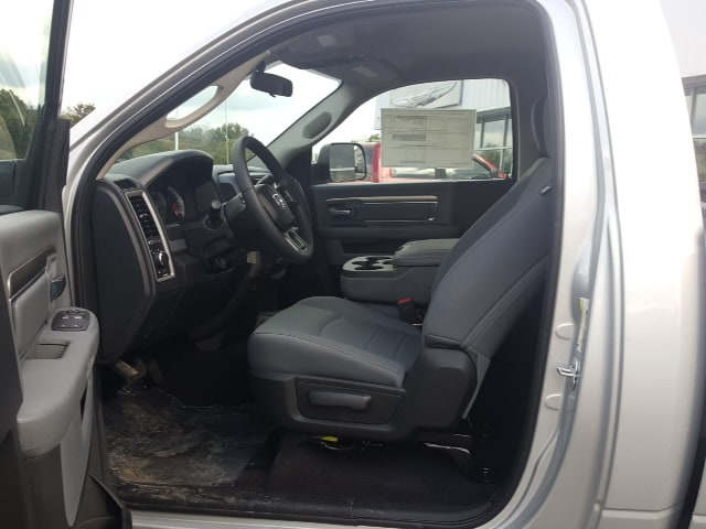 2018 Ram 2500 Regular Cab 4x4, Pickup #8R896 - photo 12