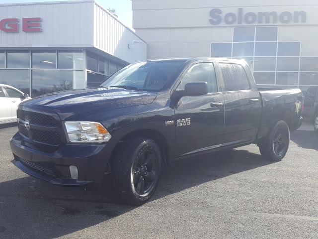 2018 Ram 1500 Crew Cab 4x4, Pickup #8R915 - photo 1
