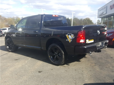 2018 Ram 1500 Crew Cab 4x4, Pickup #8R915 - photo 2