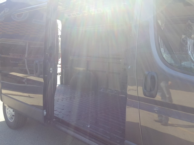 2018 ProMaster 2500 High Roof, Cargo Van #8V134 - photo 6