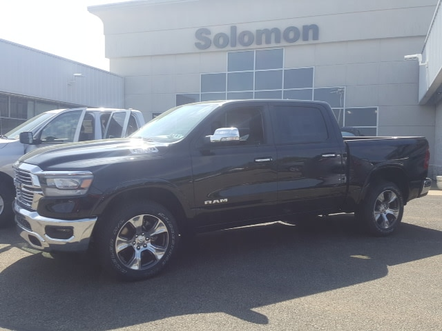 2019 Ram 1500 Crew Cab 4x4, Pickup #9R236 - photo 1