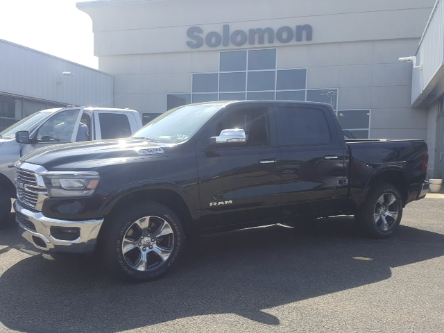 2019 Ram 1500 Crew Cab 4x4, Pickup #9R236 - photo 3