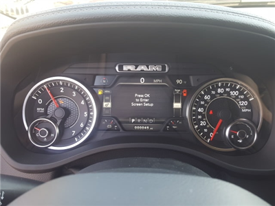 2019 Ram 1500 Crew Cab 4x4, Pickup #9R236 - photo 15