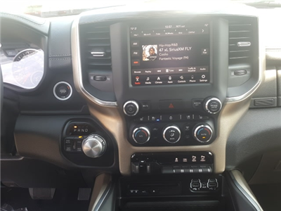 2019 Ram 1500 Crew Cab 4x4, Pickup #9R236 - photo 21
